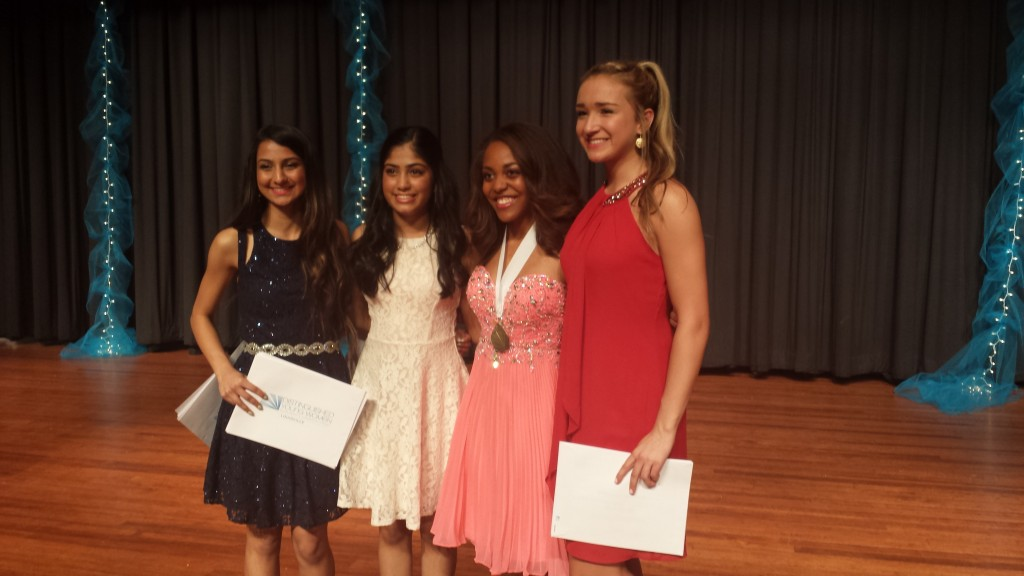 The Louisville Top 4: Lydia Mason: DYW Louisville 2017, Olivia Falk: 1st Runner-up, Rashmi Bharadwaj: 2nd Runner-up; Charmi Shah: 3rd Runner-up